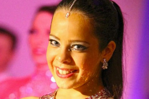 Teen who feared curved spine would end her dancing career back dancing
